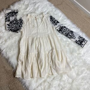 Free people Tunic with Sleeve Embroidery Size M